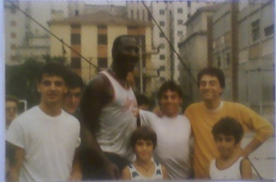 "Un ""Gorilla"" in Patronato: la NBA all'Aleardi"