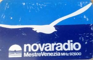 FM novaradio zoom adesivo blu
