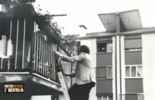 """La polzia scopre il delitto a casa Succo, foto originale dal programma """"Faites entrer l'accuse"""""""