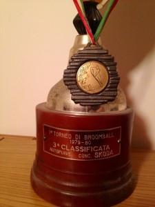 La coppa vinta da Mauro Scarpa (Autopiave, terza classificata)