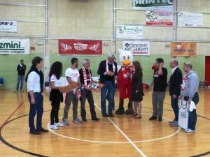 Renato Villalta premiato dal Basket Club Mestre il 5 aprile 2014 (ph. Marco De Toni)