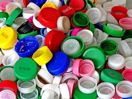 ASSOCIAZIONI tappi di plastica